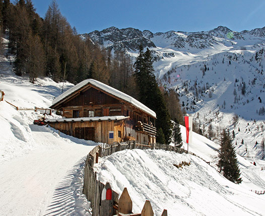 ALPINE REFUGES IN THE VALLE ANTERSELVA